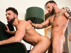 The streets of Madrid are shoved with sly hustlers looking for the right opportunity. Super extreme Abraham Al Malek doesn't realize when his wallet falls to the ground. Antonio Miracle picks it up and pockets Abraham's cash, but money isn't the only thin daddy gay porn
