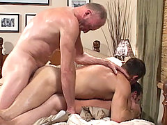 Gay Bareback Paul Stag, Bryce Anderson & Ryan daddy gay porn