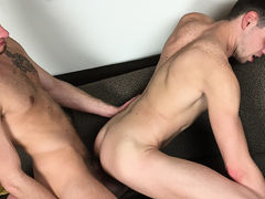 Michael Brinks & Jake Matthews BAREBACK in Dayton daddy gay porn